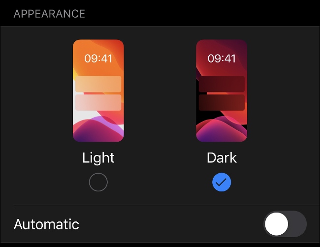 """The """"Light"""" and """"Dark"""" options in the """"Appearance"""" menu on iOS 13."""